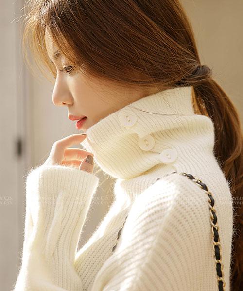 ★ 正韓 Susanna KNIT ★ 時尚柔美 拉絲扭釦高領 柔軟羊毛針織衫 (四色)