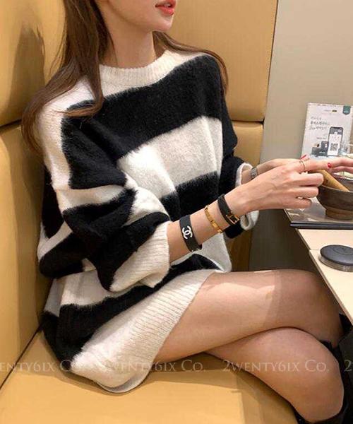 ★ 正韓 Solar Mohair ★ 時尚黑白橫條紋 長版寬鬆針織上衣