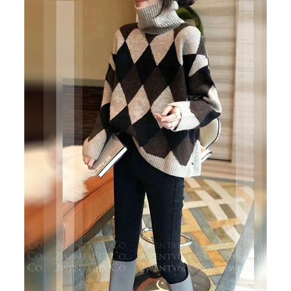 ★正韓 Diamond Knit ★ 時尚個性 質感撞色菱格紋 寬鬆高領套頭毛衣 (兩色)