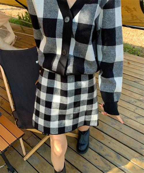 ★ 韓版 Sunny SKT ★ 時尚經典格紋 鬆緊腰短裙 (兩色)