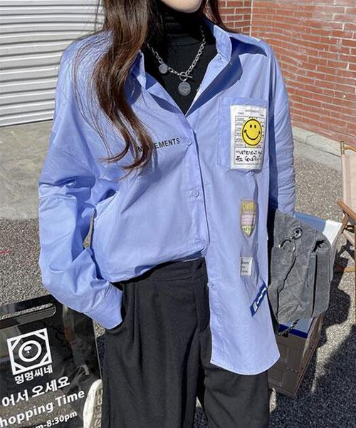 ★ 韓版 POP Mr.Smile ★ 時尚可愛微笑先生 胸章貼布 翻領排扣襯衫 (三色)
