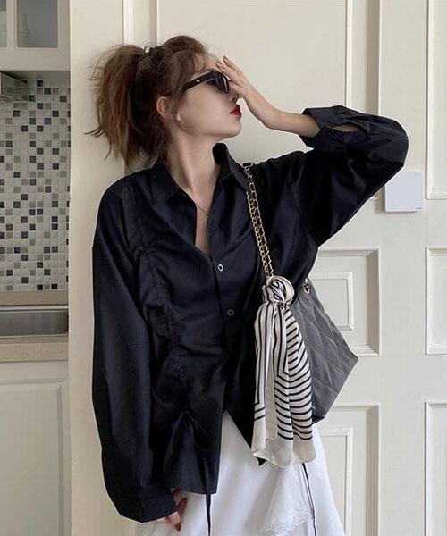 ★ 韓版 Virginia B&W ★ 浪漫優雅 造型縮繩 翻領排釦襯衫 (兩色)