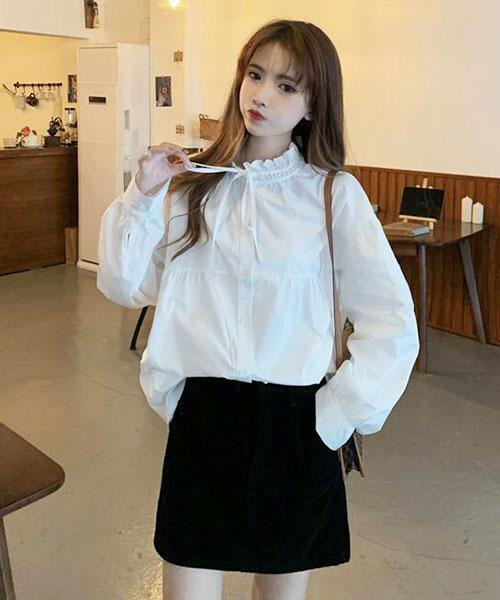 ★ 韓版 Eastern Bow ★ 優雅氣質 可愛木耳領綁帶 排釦寬鬆襯衫 (兩色)