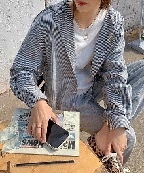 ★ 韓版 YESS OP ★ 文青質感條紋 排扣 束繩連帽上衣 (兩色)