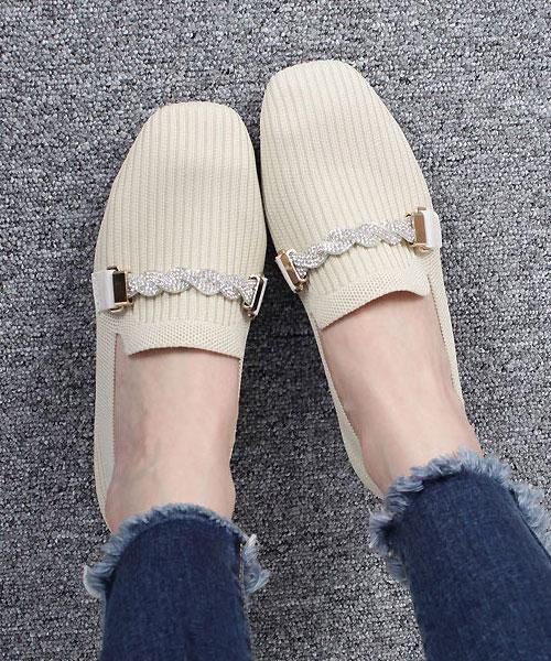 ★ 韓系 Softy BBK ★ 低調奢華 金屬水鑽扭結扣飾 透氣柔軟編織 樂福鞋 (兩色)