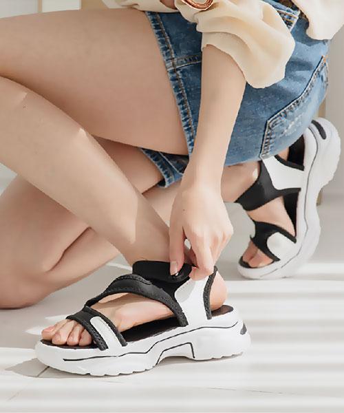 ★ 韓系 Wyatt Velcro ★ 個性簡約 撞色微彈斜飾帶 魔術帶厚底涼拖鞋 (兩色)