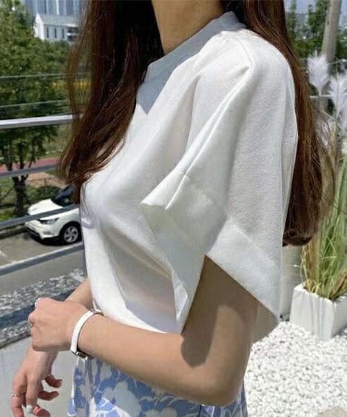 ★ 正韓 Daily OT ★ 百搭熱銷 自然純色 超顯瘦 斜肩袖 圓領上衣 (三色)