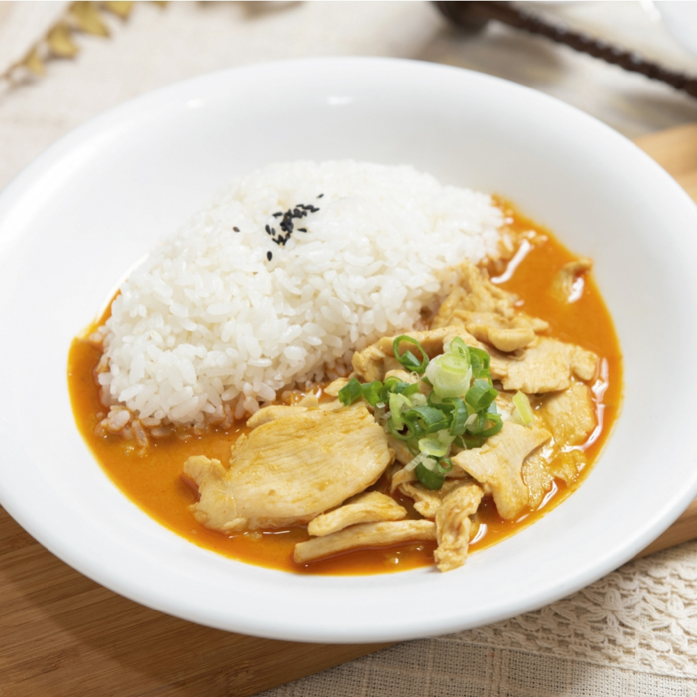 泰北紅咖哩佐香茅嫩雞(6入,冷凍包裝)