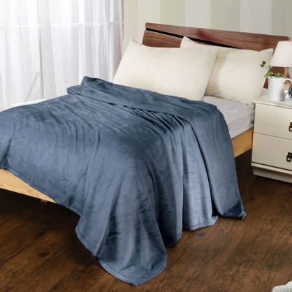 時尚灰法蘭絨毯